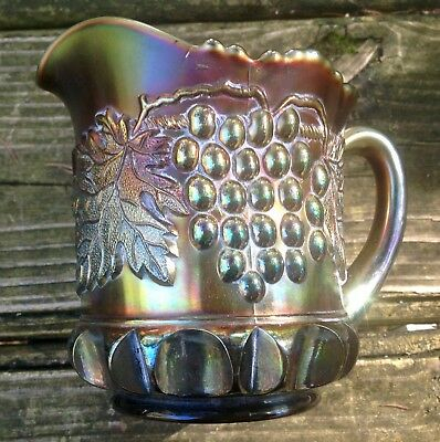 Carnival Lovely Northwood Purple Grape And Cable Creamer