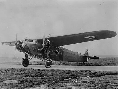 New 8x10 Photo- Tri-motor Fokker airplane piloted by RAF officer Edward Maitland