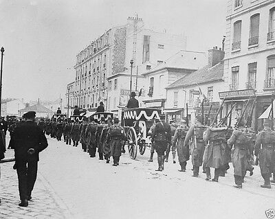 Funeral procession for British soldiers in Versailles World War I 8x10 Photo