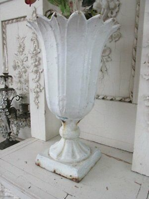 OMG Old Cast Iron METAL GARDEN URN PLANTER Scalloped Top Chippy WHITE Patina