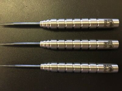 25 gram Bulls Phantom grip darts
