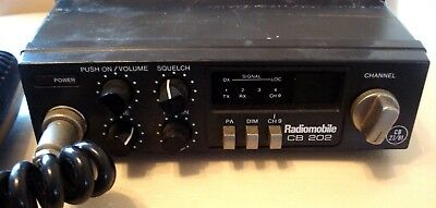 Radiomobile CB 202 Citizen Band Radio with Microphone