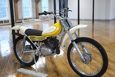 1975 Yamaha TY175B  1975 Yamaha TY175B CAT TRIALS Runs new & Low Hours use! Museum Owned & Preserved