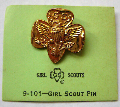 """Vintage 1960's Girl Scout TRADITIONAL MEMBERSHIP PIN Trefoil Gold Eagle """"B"""" NEW"""