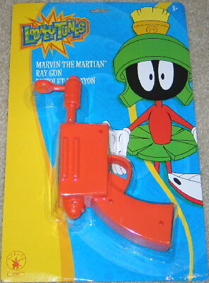 Looney Tunes Marvin the Martian Costume Prop Ray Gun Blaster, MINT IN BLISTER
