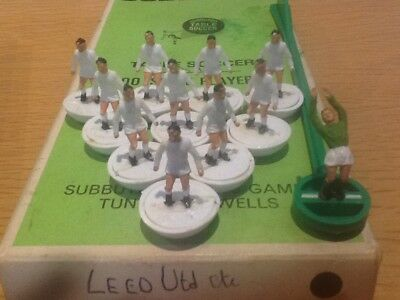 Subbuteo HW Team Leeds United ref  21