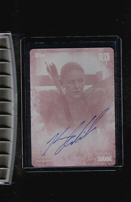 2017 Topps The Walking Dead Season 7 Kerry Cahill auto Dianne Magenta Plate 1/1
