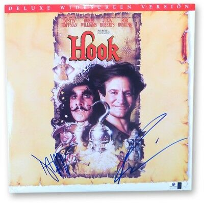 Robin Williams Dustin Hoffman Signed Autographed Laserdisc Cover Hook GV865970