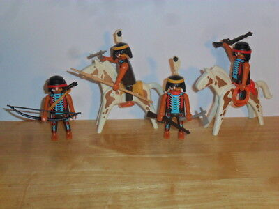 Playmobil - 4 Red Indian Braves (2 Mounted) With Accessories
