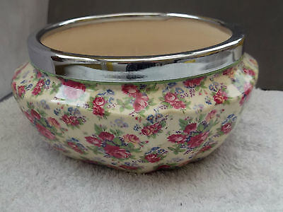 Large Shaped Barker Bros  Royal Tudor Ware Fruit Bowl In Chintz Pattern