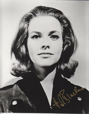 Honor Blackman 007 James Bond Authentic Autograph As Pussy Galore Goldfinger Bw