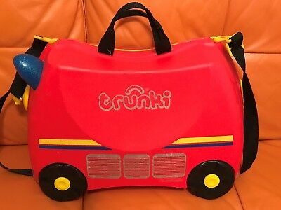 Kids Trunki Ride On Hand Luggage Suitcase Red