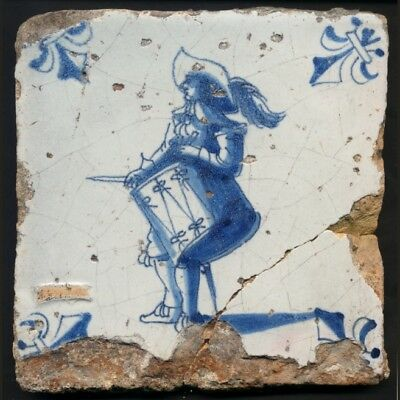 TH3093 Delft Tile of a Drummer, Nearly 400 Years Old, Seventeenth Century c.1650