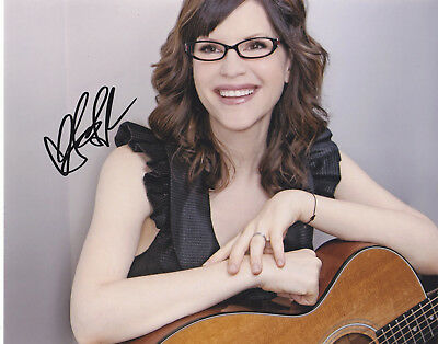 Lisa Loeb Signed Autograph Music 8X10 Photo Exact Proof