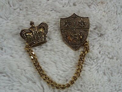 Goldtone Cross Rampant Lion Fleur De Lis Shield & Cross 2 pc Chain Tac Pin (A13)