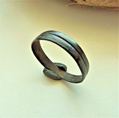 Late Medieval bronze ring  (134).