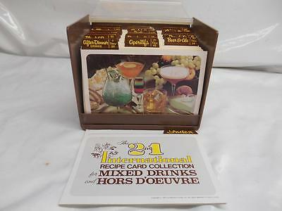 Old Vtg 1977 The 2 in 1 International Recipe Card Collection MIXED DRINKS Recipe