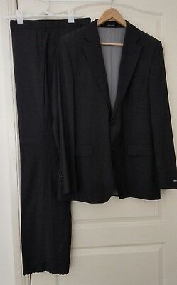 Hugo Boss charcoal grey wool suits - made in Turkey - size US 40L  FR 98