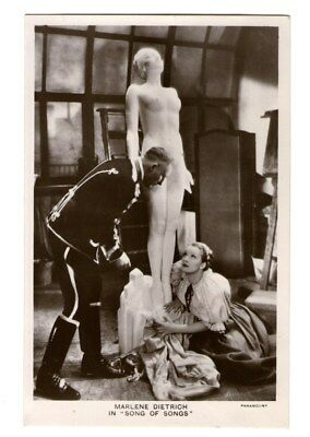 Marlene Dietrich vint in Song of Songs Dutch Bonnist Photo Postcard