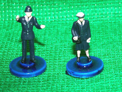 Subbuteo style Emergency services Police officers xSecond group