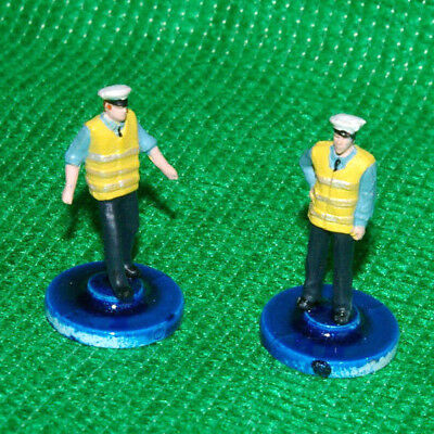 Subbuteo style Emergency services Security guards  x 2 mint