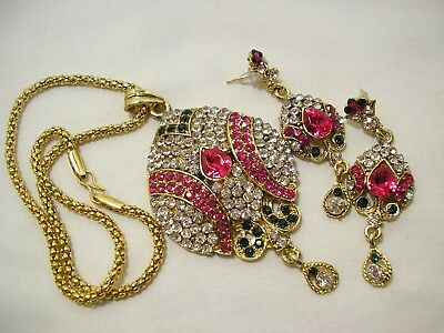 Retro Sparkle Pink/clear Rhinestone Pendant Necklace & Pierced Earrings Set