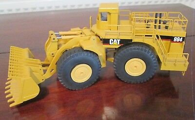 NZG CAT 994 Model earth mover 1:50 scale