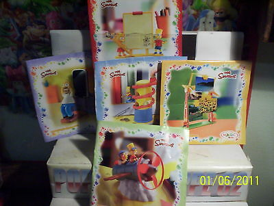 kinder maxi -SERIE-THE SIMPSONS 2011   + cartine
