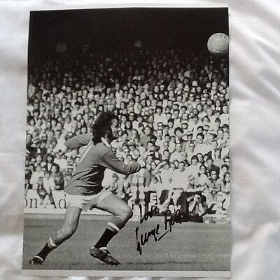 George Best Manchester United Signed origanal 16 x 12 black and white photo