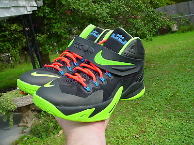 Lebron James Nikes Young Mens Size 7 One or Two wears Awesome!!!