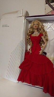 Rare Rhapsody in Red Holiday Ashleigh Tonner doll Tyler Wentworth LE 375