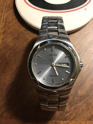 MENS CITIZEN ECO DRIVE WRIST WATCH WITH DATE Silver