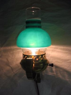 Vtg Stamped Brass Wall Sconce Light Lamp Fixture w Hurricane Green Glass Chimney