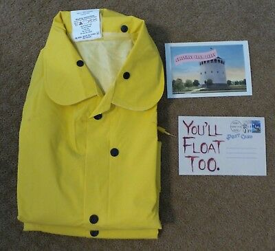 It Stephen King Yellow Raincoat And Promo Postcard Promotional Swag