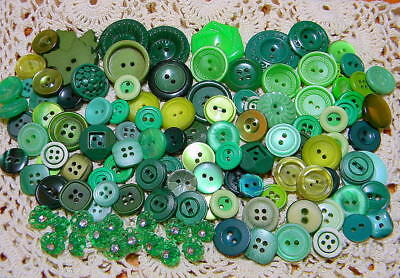 Beautiful Large Lot Vintage & Recent Green Buttons~Flower~Rhinestones~More (K27