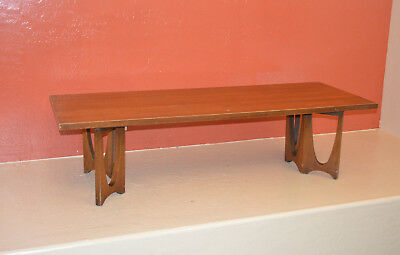 Mid Century Broyhill Brasilia Coffee Table Walnut Retro Vintage Knoll, Risom Era