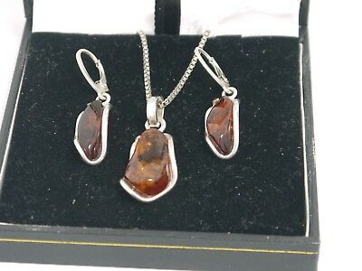 Sterling Silver Necklace & Earrings Set With Amber Stones (Ms3)