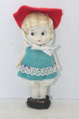 """Vintage Porcelain Flapper Girl 5""""  w/ Move-able Arms - Homemade Dress"""