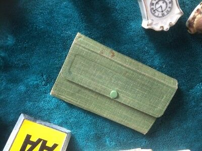 10 Mixed Collectable Items. Australian Airforce Case .