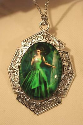 Gorgeous Art Deco-Inspire Stately Lady in Green Snake Charmer Cameo Necklace