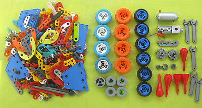 Over Two Kilos Of Plastic Meccano - Includes Six Volt Motor