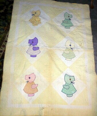 CHARMING Vintage 1930s SUNBONNET SUE Baby Child's Quilt HAND STITCHED