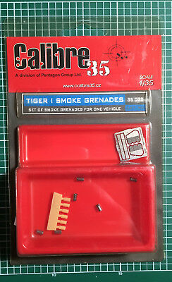 Calibre35 Calibre 35 35032 - Tiger I Smoke Grenades - 1/35 Resin Kit