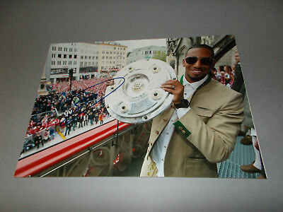 Jerome Boateng  Bayern München DFB signed signed Autogramm 20x28 Foto in person
