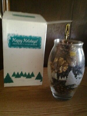 1998 President's Club Holiday Gift Large Vase Frosted Design And Pine Cones