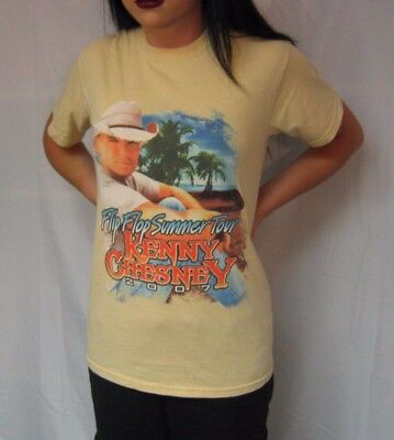 """KENNY CHESNEY 2007 """"Flip Flop Summer Tour"""" Small Yellow T-Shirt w/ Dates on back"""