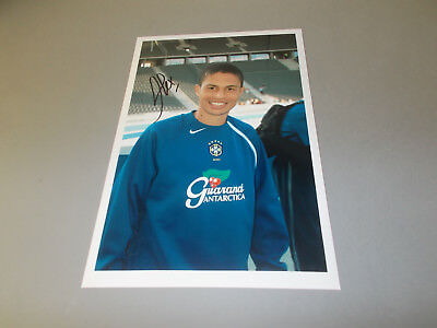 Alex  Brasilien signed signed Autogramm auf 20x30 Foto in person