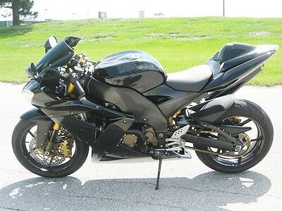 Gloss Black Injection Fairing for 2004-2005 Kawasaki Ninja ZX-10R ZX10R