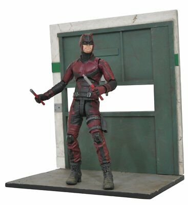 Diamond Select Toys Marvel Select Netflix Daredevil Action Figure
