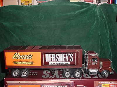 Christmas Gift Hershey's Toy Coinbank 1St In Series Toys Collectible Truck Bank